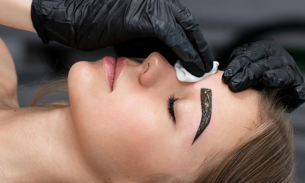 Brow Tinting - Interlaced Beauty